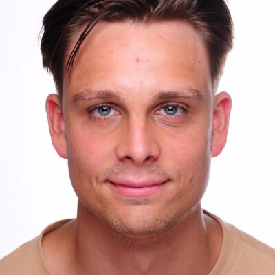 Aleksandar zoekt een Studio / Appartement / Kamer in Leeuwarden