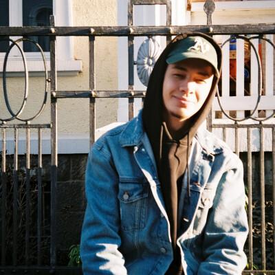 Timothy zoekt een Appartement / Huurwoning / Kamer / Studio in Leeuwarden